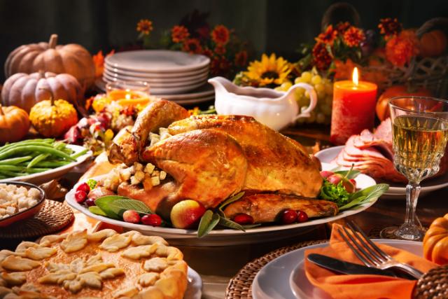 La receta de pavo más rica y jugosa para este Día de Acción de Gracias (más acompañantes!)