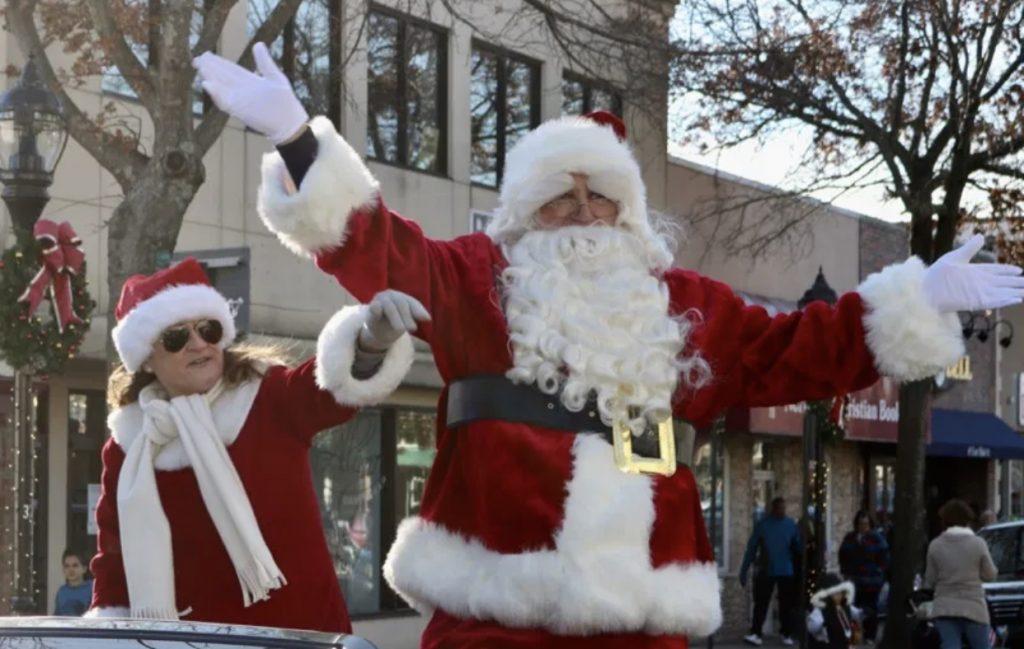 El desfile de Santa y la Hoguera Navideña del centro de Riverhead cancelados por COVID-19