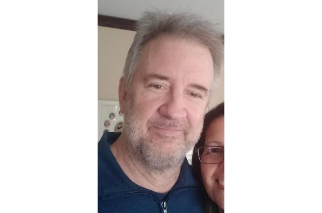 Policía busca a un hombre que dejó su casa con amenazas suicidas; Hay indicios de que habría ingresado al mar cerca de su residencia en Hampton Bays