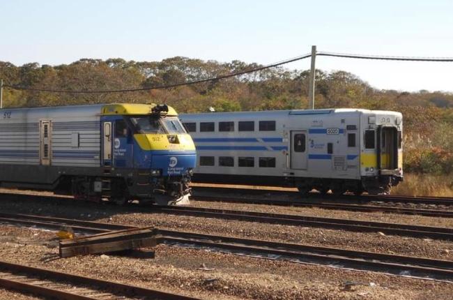 Arrestado conductor de LIRR por darle boletos del tren a sus amigos para que los usaran o pidieran reembolso por ellos