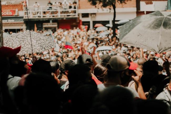 Crisis en Colombia: ciudadanos ruegan por intervención internacional tras una semana de disturbios, protestas y bloqueos