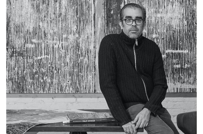 Avanza reactivación cultural del East End de Long Island; Este sábado el Guild Hall presenta al artista puertorriqueño, Enoc Pérez